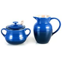 Kit-acucareiro-e-jarra-de-ceramica-Le-Creuset-azul-cobalto