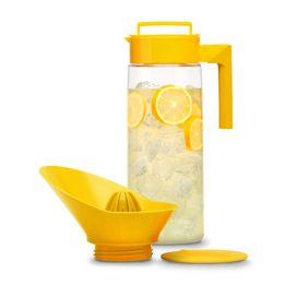 Jarra-hermetica-de-acrilico-com-espremedor-de-citricos-Takeya-amarela-2-litros---23253