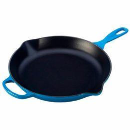 Frigideira-de-ferro-redonda-Skillet-Signature-Le-Creuset-azul-marseille-26-cm---25265