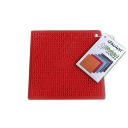Descanso-de-panela-de-silicone-Silikomart-vermelho-175-x-175-cm-–-104674