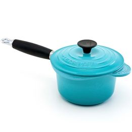 Molheira-de-ferro-com-cabo-Le-Creuset-azul-caribe-16-cm