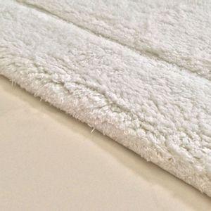 Tapete-de-microfibra-felpudo-Kerala-branco-50-x-80-cm---22112