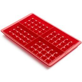 Forma-de-silicone-para-waffle-Lekue-vermelha-2-pecas-125-ml---25835-