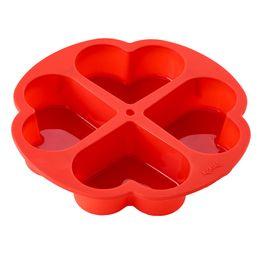 Forma-de-silicone-Coracao-Lekue-vermelha-26-cm---25843-