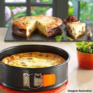 Forma-antiaderente-com-fundo-removivel-Bakeware-Le-Creuset-preta-24-x-7-cm---12695-