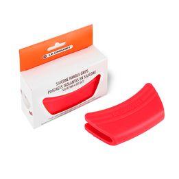 Pegador-de-silicone-Le-Creuset-vermelho-2-pecas-12-cm---25463